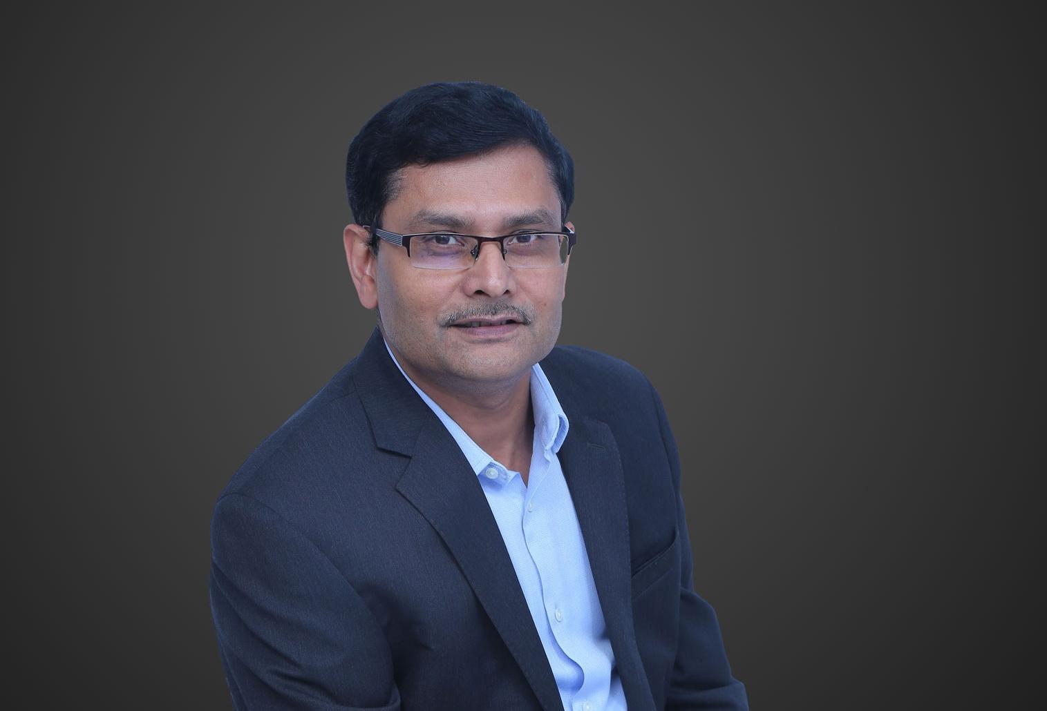 Dr. Aloknath De